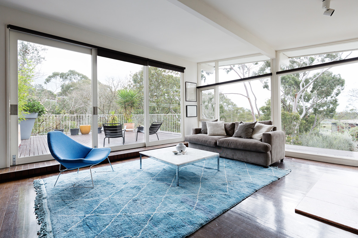 livingroom centered blue rug