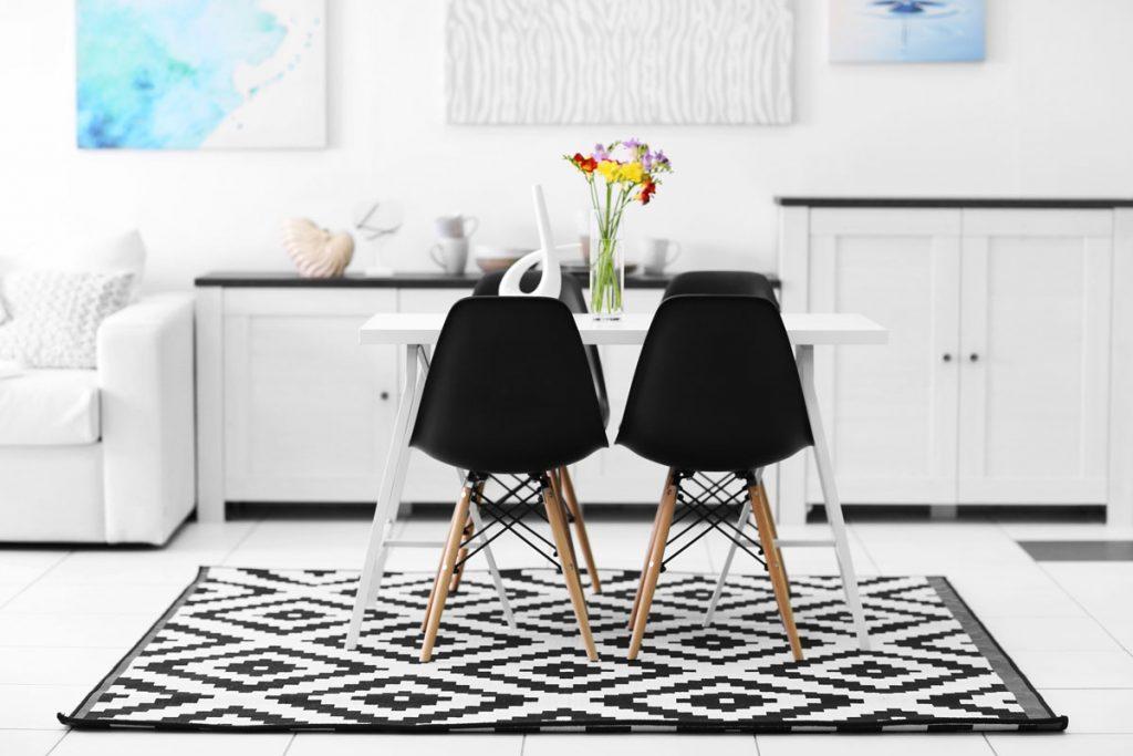 nice rug on the floor