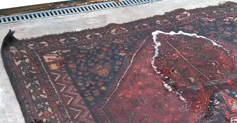 How to Repair Water Damage Using Correct Rug Cleaning Techniques